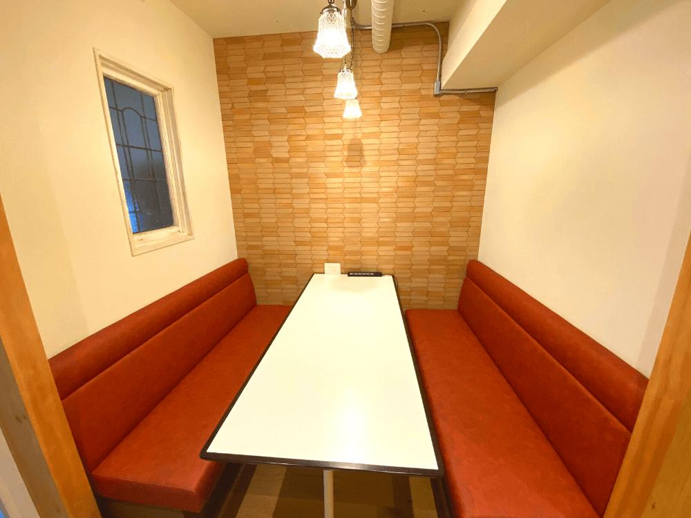 CONTENTZの喫茶室スペース
