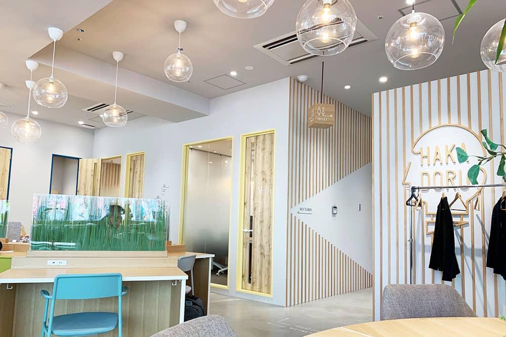 HAKADORU 新宿三丁目店の会議室スペース
