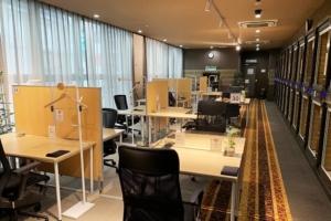 カプセルホテルを改造したコワーキングスペース「パセラのコワーク新宿南口駅前店」の体験レポート