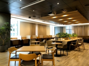 日本橋駅すぐ!東京建物が経営するコワーキングスペース「+OURS八重洲」の体験レポート